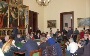 E' stato presentato stamane nella sala consiliare del comune di Cagliari l'ordine del giorno sulla «questione bombe prodotte in Sardegna ed esportate verso l'Arabia Saudita».