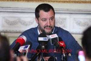 Il ministro dell'Interno e vicepremier Matteo Salvini, ha partecipato stamane in Prefettura, a Cagliari, ai lavori del Comitato provinciale per l'ordine e la sicurezza.