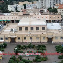 Questo pomeriggio il mercato civico di Carbonia resterà aperto dalle 16.00 alle 19.00