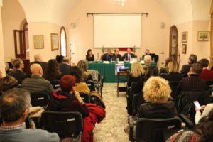 """Grande partecipazione alla Caserma La Marmora per l'incontro sulla """"Violenza domestica"""" organizzato dall'associazione culturale Ammentu."""