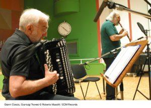 Gianluigi Trovesi e Gianni Coscia protagonisti sabato sera ad Alghero del terzo concerto nel cartellone della rassegna JazzAlguer.