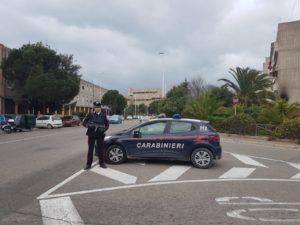 I carabinieri della stazione di San Bartolomeo, a Cagliari, ieri pomeriggio hanno arrestato, per i reati di resistenza e lesioni a pubblico ufficiale, un giovane pregiudicato classe 1999.