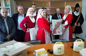 Due tiralatte sono stati donati questa mattina dal gruppo folk San Nicola di Sassari alla Neonatologia ed alla Tin di Sassari.