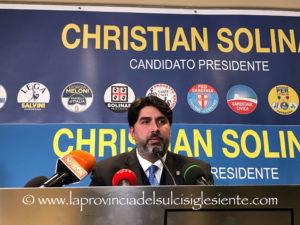 La lunga giornata dedicata allo spoglio delle schede si è conclusa con la schiacciante vittoria di Christian Solinas, nuovo presidente della Regione all'età di 42 anni.