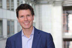 Ignazio Corrao (europarlamentare M5S): «Pagamento del latte sottocosto è 'pratica sleale'. Bruxelles intervenga».