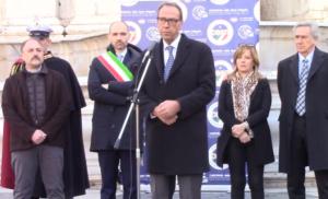 A Roma, nella cornice di Piazza del Campidoglio, è ufficialmente partito il grande viaggio della Carovana dello Sport Integrato.