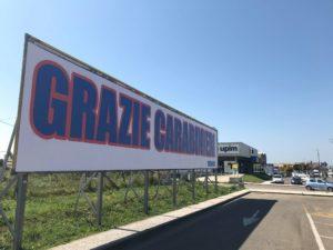 Anche da Carbonia è arrivato un grandissimo grazie ai carabinieri che hanno evitato una strage dei 51 studenti tenuti in ostaggio su un autobus dall'autista senegalese a San Donato Milanese.