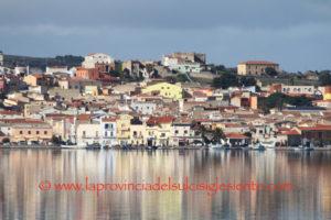 Il sindaco di Sant'Antioco ha firmato l'ordinanza di divieto di varo e alaggio imbarcazioni a mezzo carrello in tutto il territorio comunale.