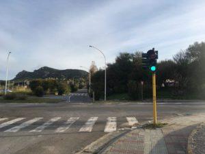 Il funzionamento del semaforo pedonale sito tra via Dalmazia e via San Francesco, a Carbonia, è stato automatizzato.