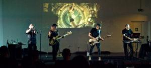 Il 3 maggio, al Fabrik di Cagliari, il concerto dal vivo dei Machina Amniotica.