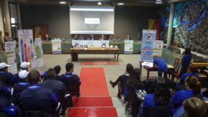 Centinaia di studenti lombardi hanno applaudito la Carovana dello Sport Integrato.