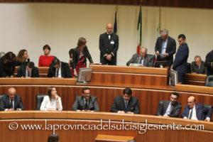Accordo raggiunto, al termine del lungo vertice di ieri sera a Villa Devoto, a Cagliari, tra le forze politiche della coalizione di centrodestra, sul presidente del Consiglio e i sette assessori.