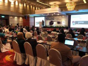 Alla quinta Conferenza mondiale della comunicazione di Kuala Lumpur, grande successo del nuovo lavoro di Elisabetta Gola, Fabrizio Meloni e Riccardo Porcu.