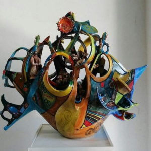 Dal tornio al colore; dallo schizzo all'opera finita. E ritorno. L'arte del sassarese Marco Silecchia.