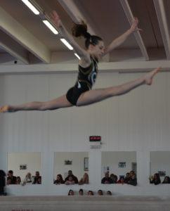 Sabato 6 e domenica 7 aprile, il Palazzetto dello Sport di Carbonia ospiterà la prima prova del campionato individuale femminile e maschile di ginnastica artistica.