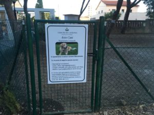 Verrà inaugurata (tempo permettendo) domani, sabato 13 aprile alle ore 11.30, a Villa Sulcis, la nuova area sgambamento cani.