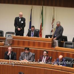 Covid-19: in Consiglio regionale la maggioranza boccia gli ordini del giorno del PD che li trasforma in mozioni urgenti