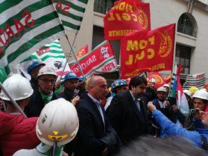 Ferma presa di posizione del consigliere regionale del Partito sardo d'Azione Fabio Usai sull'emergenza del polo industriale di Portovesme e sulla RWM di Domusnovas.