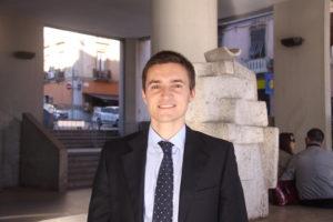 Michele Ciusa (M5S): «Esenzione del bollo auto per i cittadini sardi aventi un reddito inferiore a quello medio pro capite 2017»