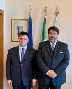 Si è svolto stasera, a Villa Devoto, l'incontro tra il presidente della Regione, Christian Solinas ed il ministro degli Esteri ucraino, Pavlo Klimikin.