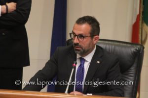 Il presidente del Consiglio regionale dopo l'attentato al sindaco di Siniscola: «Emergenza democratica».