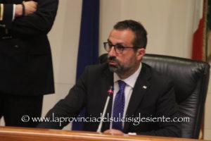 Il presidente del Consiglio regionale ha inaugurato i lavori della commissione per l'Insularità.