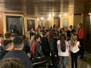 44 alunni delle classi 5ª A e 5ª D dell'Istituto comprensivo 2 di Alghero, stamane hanno visitato il Palazzo del Consiglio regionale.