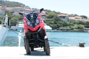 """Dal 16 al 19 maggio,Qooder, il veicolo a 4 ruote che unisce il meglio del mondo delle auto con quello delle motociclette, entrerà a far parte della 12ª""""Regatta ESCP Europe 2019""""."""