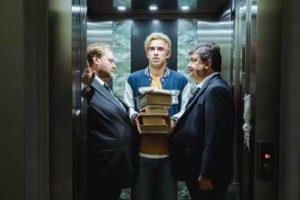 """Il film """"L'uomo che comprò la luna"""" di Paolo Zucca primo per media copia al Boxoffice del week end nel suo debutto nella Penisola."""