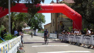 Il napoletano Roberto Cesaro ha trionfato nella tappa inaugurale del Giro delle Miniere.