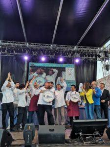 Gli chef italiani Stefano De Gregorio e Rocco Pace si sono imposti nella Tuna Competitiondel XVII Girotonno.