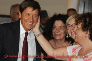 Da venerdì 28 giugno 2019 Gianni Morandi è cittadino onorario di Carloforte.