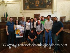 """E' stata presentata questa mattina, nell'Aula consiliare del comune di Iglesias, la 20ª edizione del""""Giro delle Miniere""""."""