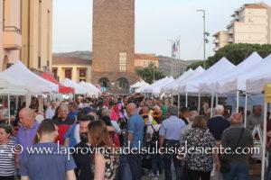 """Grande successo per la seconda giornata della 13ª edizione della Fiera """"Il Sulcis Iglesiente Espone""""."""