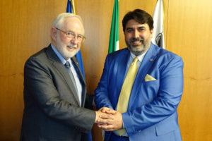 Christian Solinas: «La Sardegna vuole candidarsi ad essere attrattiva per un'internazionalizzazione nel settore scientifico e della ricerca».