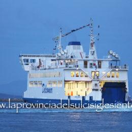 Considerato il previsto miglioramento delle condizioni meteo marine, domenica 22 novembre sarà ripristinato il collegamento marittimo Carloforte-Portovesme