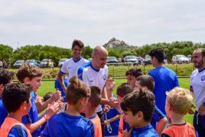 Esteban Cambiasso allenatore d'eccezione ad Abbiadori, al Campus gratuito con la Scuola Calcio Leoni di Potrero promosso da Smeralda Holding.