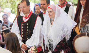 E' stata presentata stamane, a Cagliari, la 51ª edizione del Matrimonio Mauritano (gli sposi sono due giovani di Carbonia, Stefania e Flavio), in programma il 4 agosto, con anteprima giovedì 25 luglio.