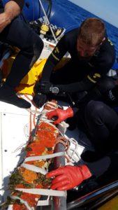 I carabinieri subacquei di Cagliari hanno rinvenuto nelle acque del golfo di Cagliari un ceppo di ancora in piombo in ottimo stato di conservazione.