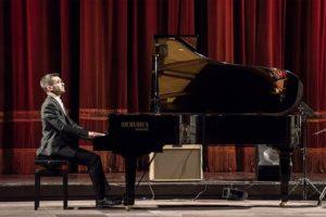 """Domani, a Cagliari, per """"Notturni di note"""", concerto di Nicola Guidotti e Federico Melis."""