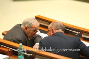 Quattro consiglieri regionali dell'UDC, primo firmatario Giorgio Oppi, hanno presentato un'interpellanza sui disservizi nei reparti dell'ASSL di Olbia.