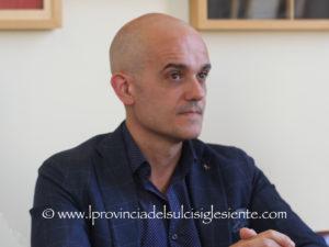 Mauro Manca su Facebook: «Perché la Giunta Massidda ha tolto dal Piano delle performance approvato lunedì 8 luglio, attività che si stavano già realizzando?».