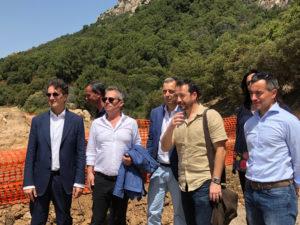 Questa mattina una delegazione del M5S ha svolto un sopralluogo sul cantiere del ponte di Monte Pino, a Olbia.