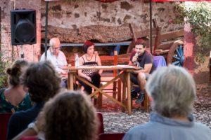 Dal 25 agosto al 4 settembreripartono gli appuntamenti con leAnteprime del Cabudanne de sos poetasin attesa della quindicesima edizione del festival di poesia più importate dell'isola.