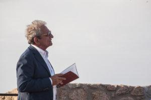 """Verrà presentato domani, a Santa Teresa Gallura, il romanzo """"Il campo degli asfodeli"""" di Franco Mannoni."""