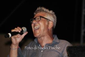 """Lunedì 29 luglio, in occasione della festa di Sant'Antonio Abate, Tuili ha vissuto una serata """"magica"""" con il concerto """"Vivere e Rinascere Tour"""" di Michele Zarrillo."""
