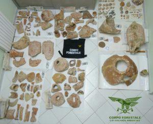 Tre persone sono state deferite all'Autorità Giudiziaria per essersi impossessate di manufatti archeologici dal fondale marino all'Isola Rossa (Trinità d'Agultu).