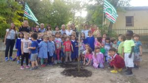 La Cisl di Sassari porta la sostenibilità ambientale nelle scuole. Inizia un percorso di sensibilizzazione con la piantumazione di venti alberi.
