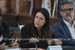 Alessandra Todde (Mise): «La ripresa passa per una conversione digitale ed un approvvigionamento continuo dei DPI per le aziende»