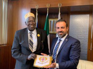 Il presidente del Consiglio, Michele Pais, ha ricevuto il generale Moses Ali,vicepremier dell'Uganda, in Sardegna con l'obiettivo di creare sinergie tra l'isola e il Paese africano.
